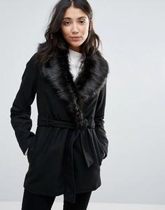 Пальто с поясом и воротником из искусственного меха Brave Soul - Черный