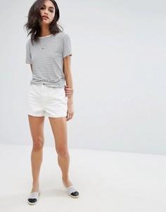 Джинсовые шорты с завышенной талией Vero Moda - Белый