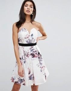 Платье мини с цветочным принтом и лифом сердечком Little Mistress - Мульти