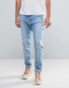 Голубые зауженные джинсы с заниженным шаговым швом Waven - Синий