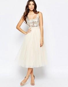 Платье миди с отделкой пайетками и юбкой из тюля Little Mistress - Кремовый