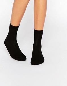Однотонные носки в рубчик ASOS - Черный