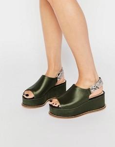 Атласные сандалии цвета хаки на ровной платформе KG By Kurt Geiger - Зеленый