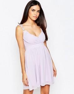 Платье с запахом и ажурными бретельками Club L - Синий