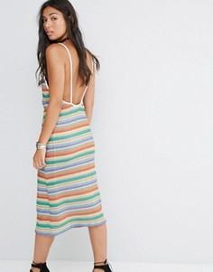 Платье миди в полоску с глубоким вырезом сзади Motel - Мульти