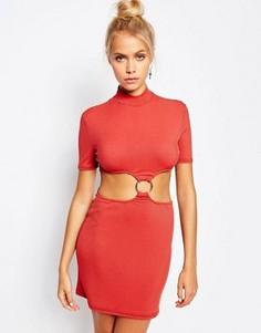 Платье с высокой горловиной, вырезами и кольцом The Ragged Priest - Красный