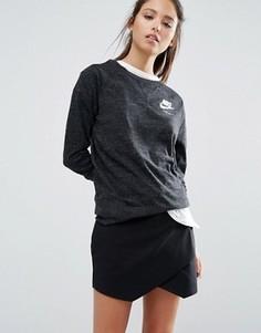 Выбеленный свитшот с круглым вырезом и маленьким логотипом Nike - Черный