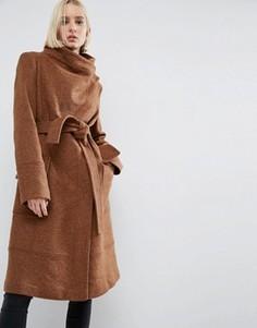 Пальто из шерстяной смеси с воротником-трубой и поясом ASOS - Коричневый