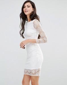 Облегающее кружевное платье с длинными рукавами Lipstick Boutique - Кремовый