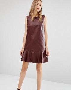 Платье без рукавов из искусственной кожи с круглым вырезом BCBGMAXAZRIA - Красный