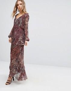 Платье макси с принтом пейсли The Jetset Diaries Labyrinth - Красный
