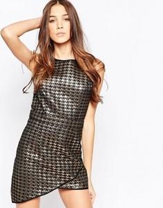 Цельнокройное платье в ломаную клетку металлик с асимметричным низом Madam Rage - Золотой