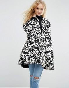 Атласное пальто с цветочным принтом ASOS Made In Kenya - Черный