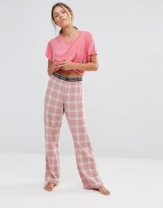 Пижама с футболкой и клетчатыми штанами Chelsea Peers - Розовый