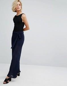 Плиссированные брюки с завышенной талией J.O.A - Темно-синий J.O.A.