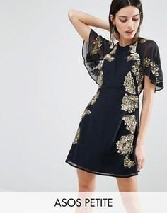 Короткое приталенное платье с цветочной отделкой и рукавами‑бабочка ASOS PETITE - Темно-синий