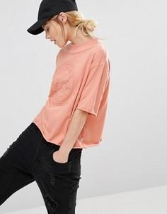 Розовая футболка с тисненым логотипом и высоким воротом Converse - Розовый