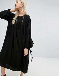 Присборенное платье в стиле oversize от STYLENANDA - Черный