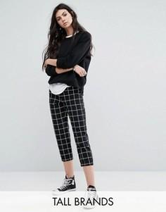 Укороченные брюки с решетчатым принтом Noisy May Tall - Черный