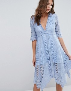 Платье асимметричного кроя с люверсами Foxiedox Periwinkle - Синий