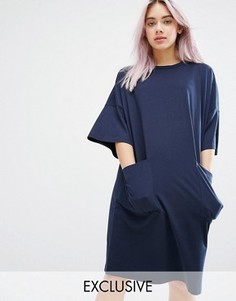 Свободное платье-футболка с карманами Monki - Темно-синий