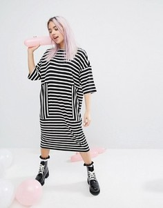 Полосатое платье-футболка миди в стиле oversize Monki - Мульти