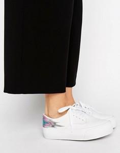 Кроссовки на шнуровке ASOS DREAMY Flame - Белый
