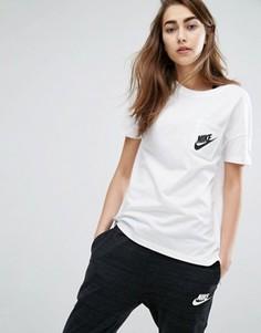 Белая футболка с короткими рукавами и маленьким логотипом Nike Signal - Белый