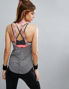 Серая майка с двумя эластичными лямками сзади Nike - Серый