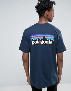 Темно-синяя футболка классического кроя с карманом и логотипом Patagonia P-6 - Темно-синий