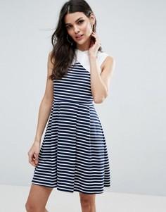 Короткое приталенное платье в полоску с контрастной горловиной ASOS - Мульти