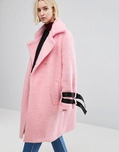 Пальто с ремешком STYLENANDA - Розовый