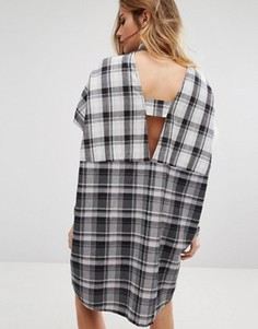 Платье-рубашка в клетку с открытой спиной Noisy May - Мульти