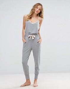 Пижамный комбинезон из трикотажа с начесом New Look - Серый