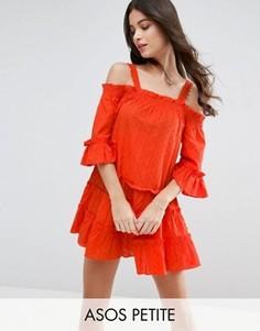 Сарафан в горошек из ткани добби с открытыми плечами и ярусной отделкой ASOS PETITE - Оранжевый