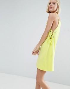 Платье мини со шнуровкой и люверсами ASOS - Желтый