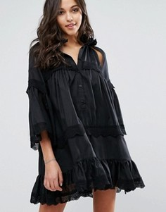 Платье с вырезами и оборками Stevie May Dark Shadow - Черный