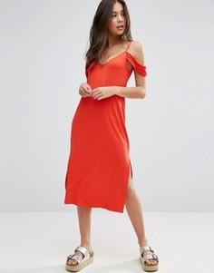 Сарафан миди с открытыми плечами ASOS - Красный