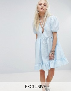Платье с V-образным вырезом и вышивкой Milk It - Синий