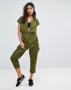 Комбинезон цвета хаки Nike - Зеленый