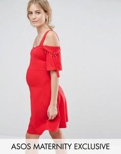 Платье с открытыми плечами, бантами и D-образными кольцами ASOS Maternity - Красный