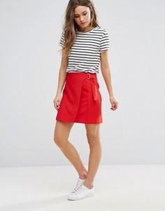 Мини-юбка с запахом и D-образной пряжкой New Look - Красный