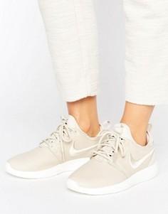 Бежевые кроссовки с вышитой галочкой Nike Roshe 2 - Бежевый