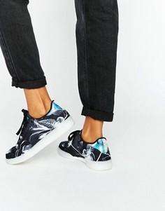 Кроссовки с монохромным принтом Reebok Club C - Черный