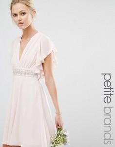 Платье мини с отделкой на талии и рукавами-клеш TFNC Petite Wedding - Розовый