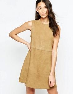 Замшевое цельнокройное платье мини Muubaa Emdem - Коричневый
