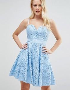 Кружевное платье мини для выпускного с вырезом сердечком Forever Unique - Синий