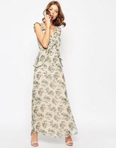 Платье макси с рюшами и принтом ASOS WEDDING - Мульти