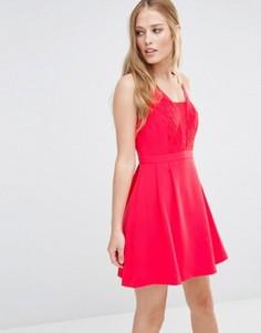 Платье с кружевной вставкой BCBGeneration - Красный