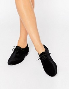 Бархатные туфли на плоской подошве со шнуровкой ASOS MISSION - Черный
